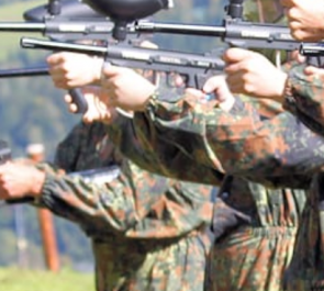 Gry strzeleckie z użyciem wiatrówek, łuków i proc oraz rozgrywki paintball BC CROSS